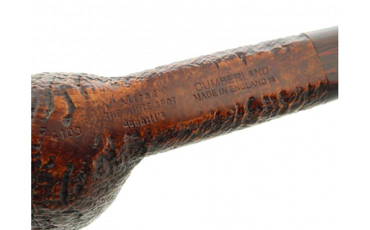 Pipe Dunhill Cumberland 4103 fond plat