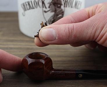 Pincée de tabac à pipe