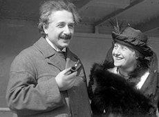 Albert Einstein au côté de sa femme