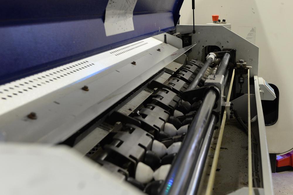 Machine à façoner l''acrylique