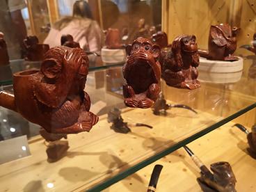 Pipes sculptées à la main
