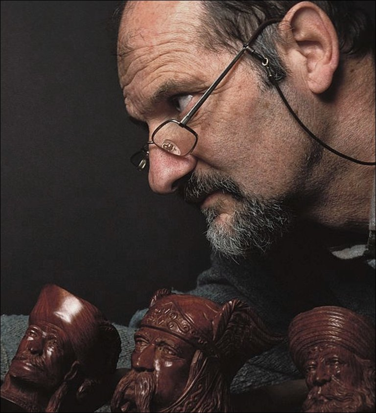 Roger Vincent, sculpteur sur pipe