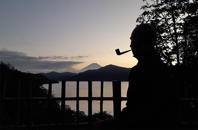 La routine du fumeur de pipe