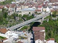 Pont traversant la ville de Saint Claude
