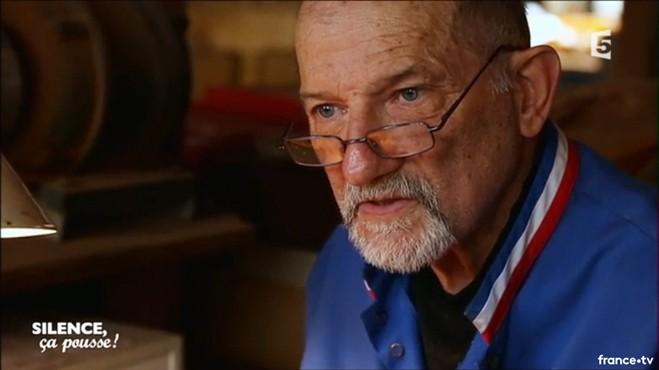 Le dernier sculpteur pipier de France est à Saint-Claude